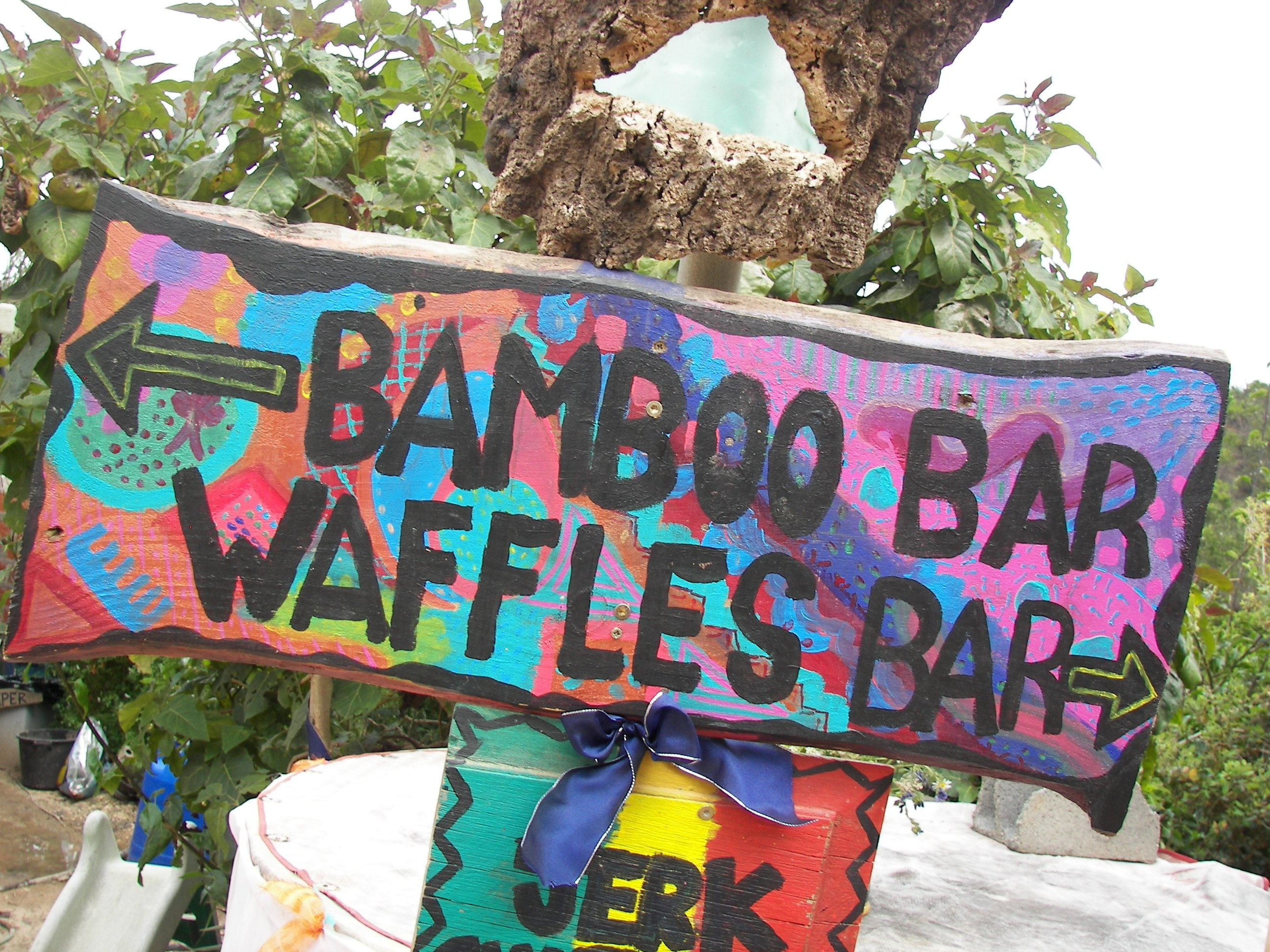 bar-waffles-sign